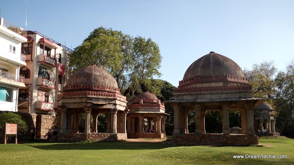Hauz Khas, Delhi Pics with LeEco Smartphone