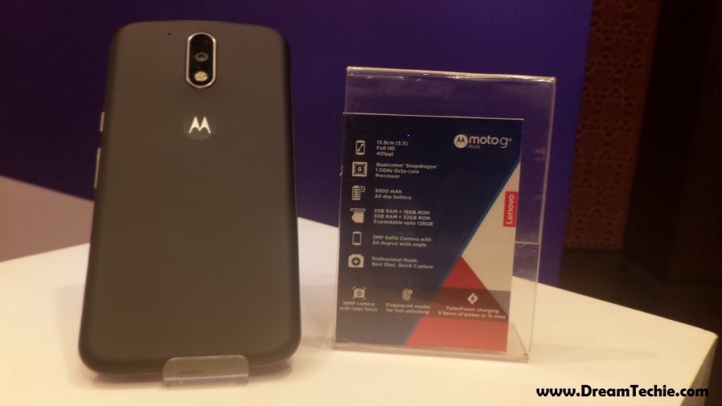 Moto G4 Plus Back and Specs