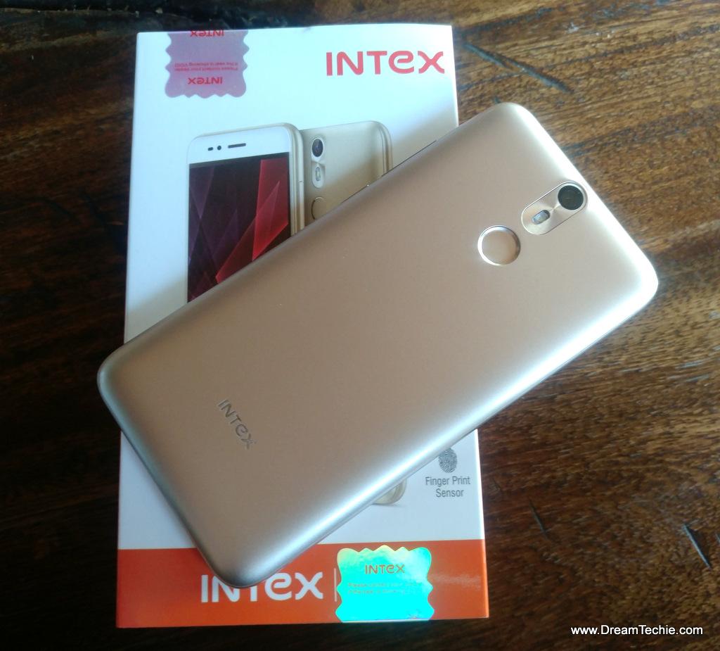 Intex Aqua S7 Design